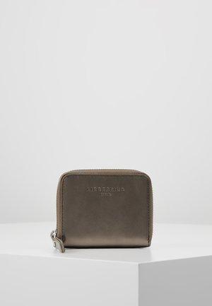 BADOT - Wallet - warm silver