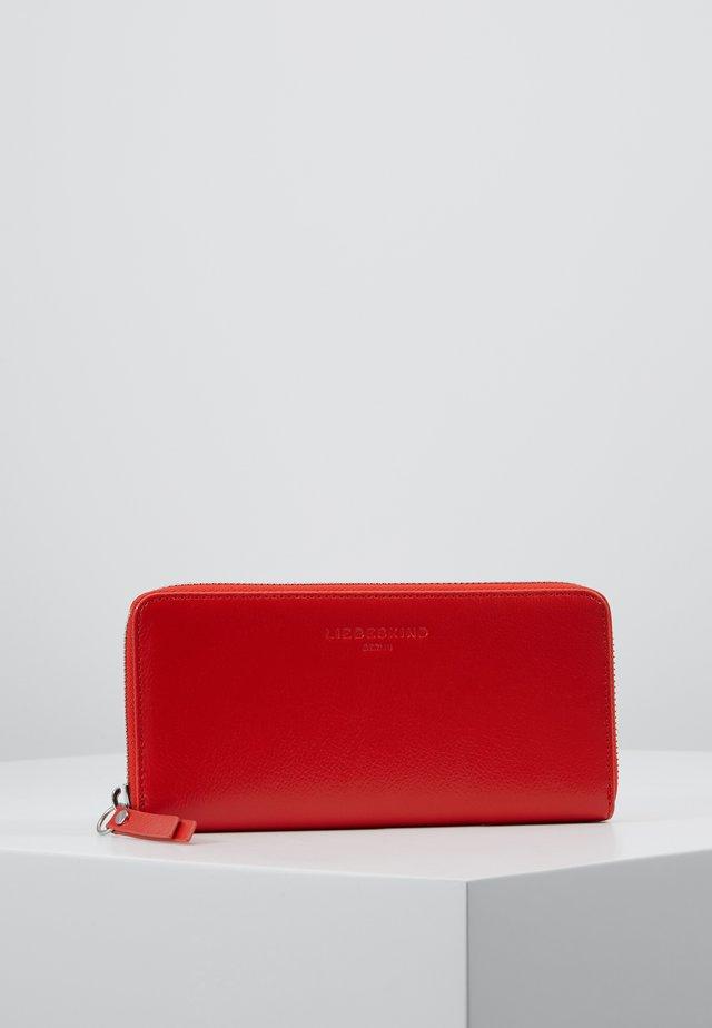 Punge - poppy red