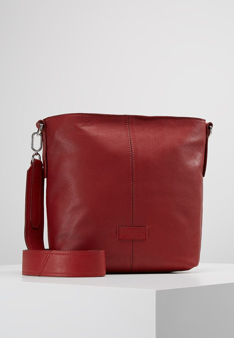 Liebeskind Berlin - CROSS - Across body bag - italian red