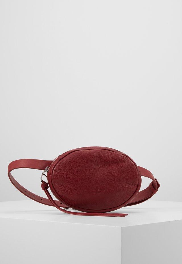 BELTBAG - Bum bag - dahlia red