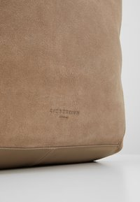Liebeskind Berlin - Shopper - taupe - 5