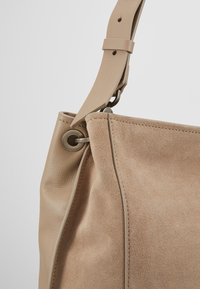 Liebeskind Berlin - Shopper - taupe - 7