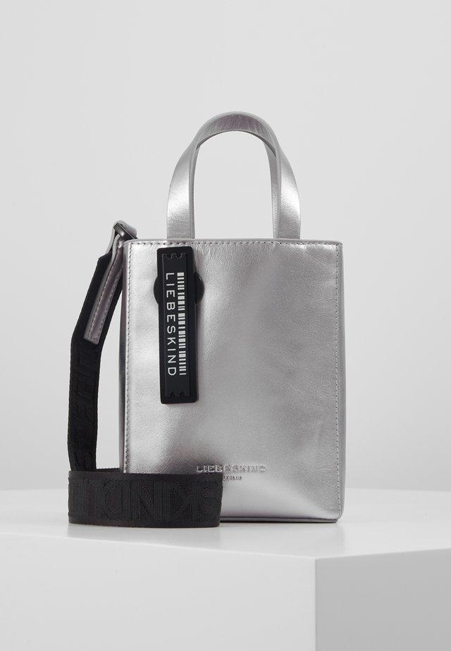 PAPER - Schoudertas - silver