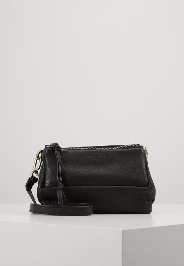 SECROSSS - Across body bag - black