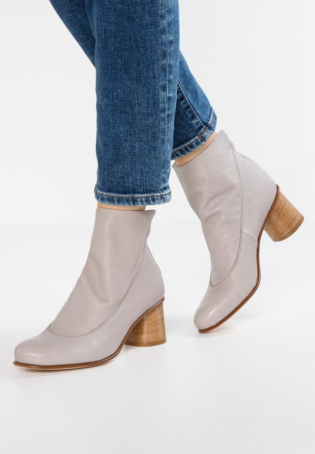 ASTRID - Ankle boots - dixan steel