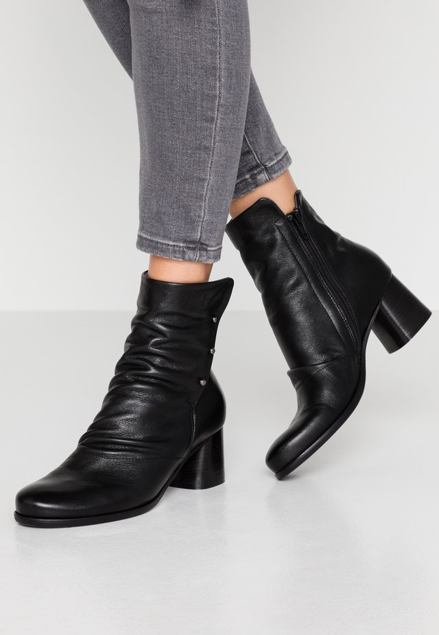 MALABRY - Classic ankle boots - twister nero