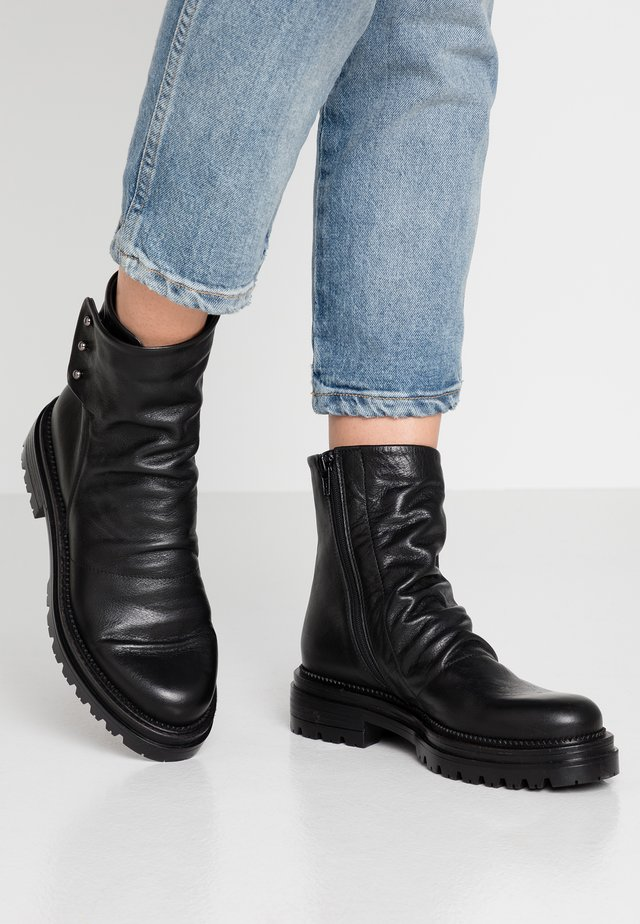 DENVER - Platform ankle boots - twister nero