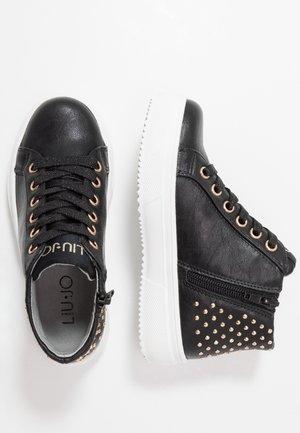 SARAH MID - Sneaker high - black