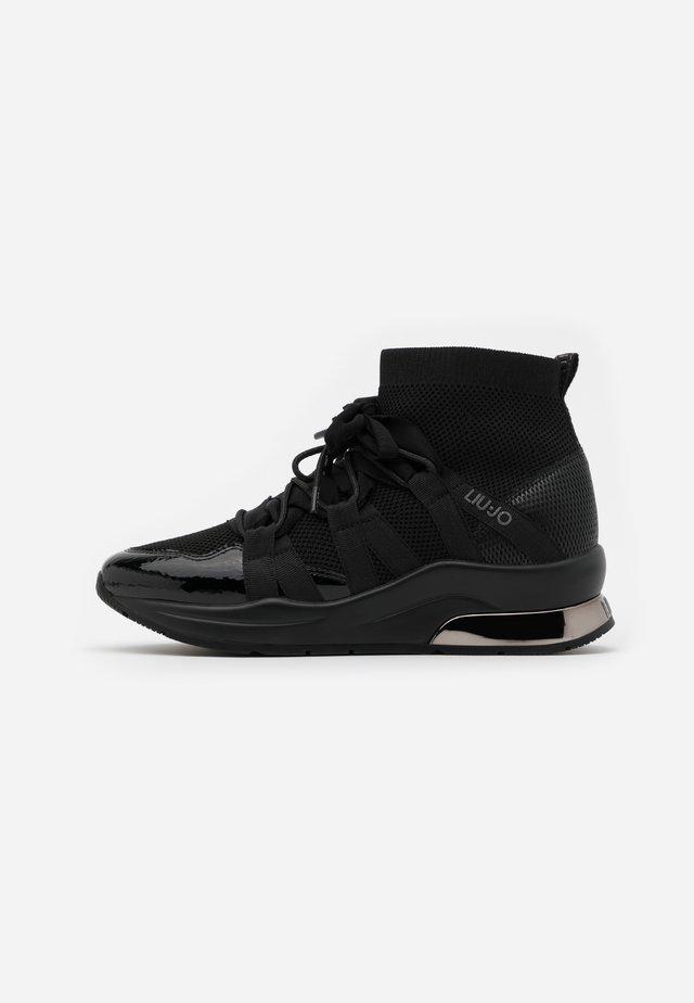 KARLIE  - Höga sneakers - black