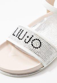 LIU JO - CLEO - Sandals - milk - 2