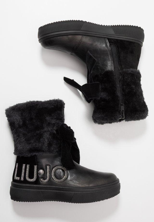 SARAH - Kotníkové boty - black