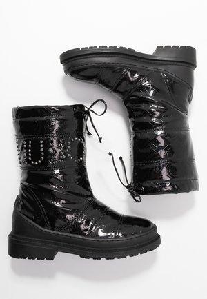 ALISON - Klassiska stövlar - black