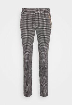 PANTALONE CIGARET - Trousers - black/white