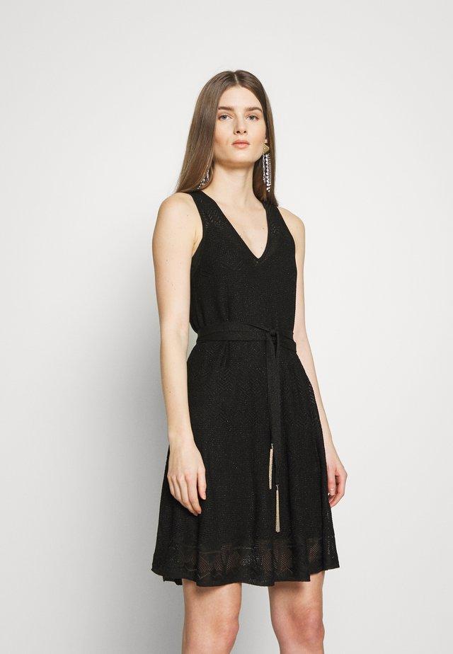 ABITO MAGLIA  - Pletené šaty - nero lux