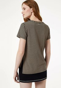 Liu Jo Jeans - WITH RUCHING - Print T-shirt - black - 2