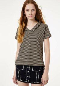 Liu Jo Jeans - WITH RUCHING - Print T-shirt - black - 0