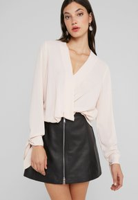 LIU JO - BLUSA INCROCIATA - Blouse - pearl rose - 0