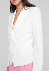 LIU JO - GIACCA - Blazer - light white milk - 6