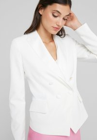 LIU JO - GIACCA - Blazer - light white milk - 3