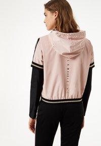 Liu Jo Jeans - LIU JO KIDS - Training jacket - pink - 2