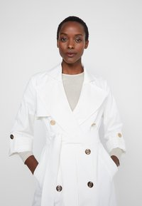 LIU JO - TRENCH - Gabardina - star white - 3
