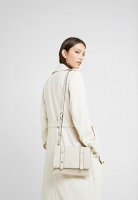 LIU JO - CROSSBODY - Across body bag - off white - 1