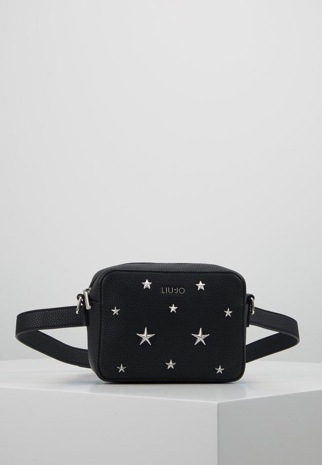BELT BAG - Bæltetasker - black