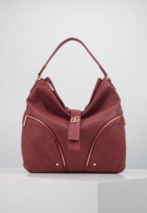 HOBO - Handbag - berry