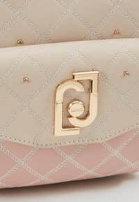 LIU JO - BACKPACK CAMEO - Mochila - beige/light pink - 6