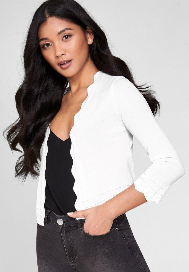 SCALLOP SHRUG - Vest - white