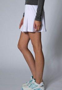 Limited Sports - SKORT FANCY - Sportovní sukně - white - 3