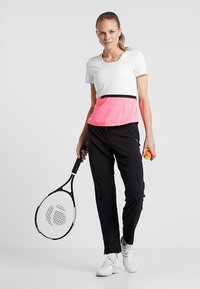 Limited Sports - SOHO - Print T-shirt - popstar/white/black - 1
