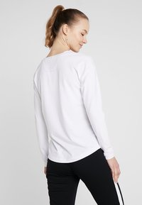 Limited Sports - LONGSLEEVE LAURA - T-shirt à manches longues - white - 2