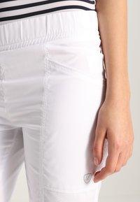 Limited Sports - BERMUDA BENTE - Sports shorts - white - 3
