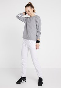 Limited Sports - PANT PIA - Verryttelyhousut - white - 1
