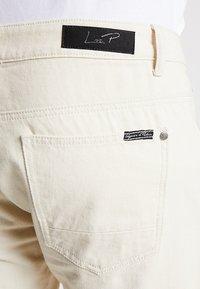 Liquor N Poker - MIAMI - Jeans Shorts - ecru - 5