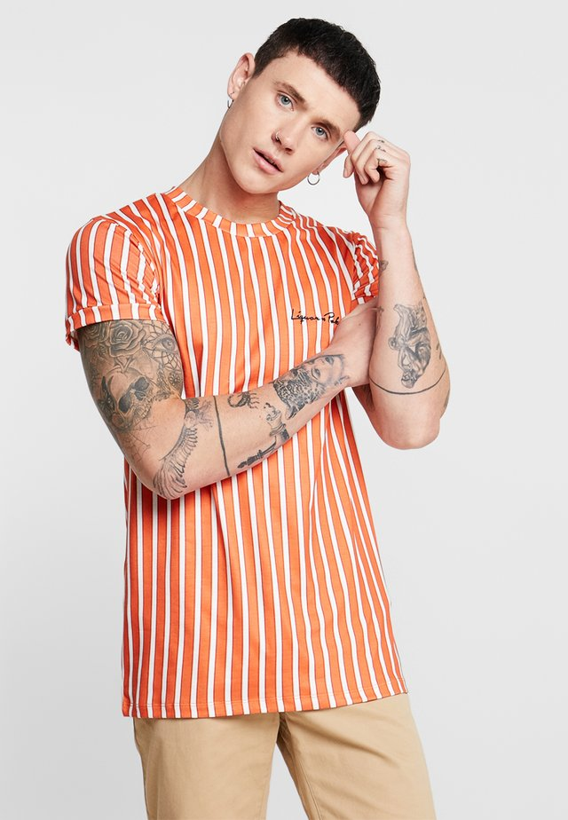 MUSCLE CANDY STRIPE  - T-Shirt print - rust/white
