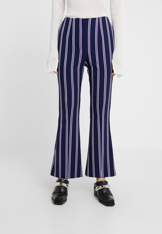 FLAUNT - Trousers - violet stripe
