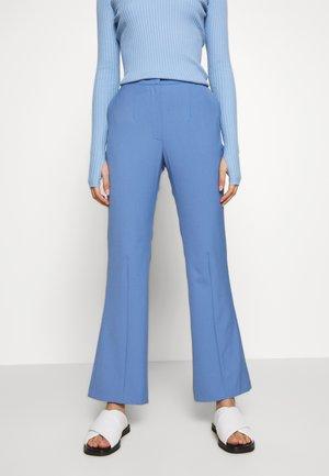 PHASE - Bukse - corn blue