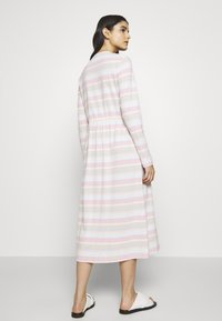 Libertine-Libertine - ZINK DRESS - Jerseykjoler - light pink - 2