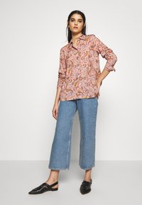 Libertine-Libertine - SHADE - Button-down blouse - rose paisley
