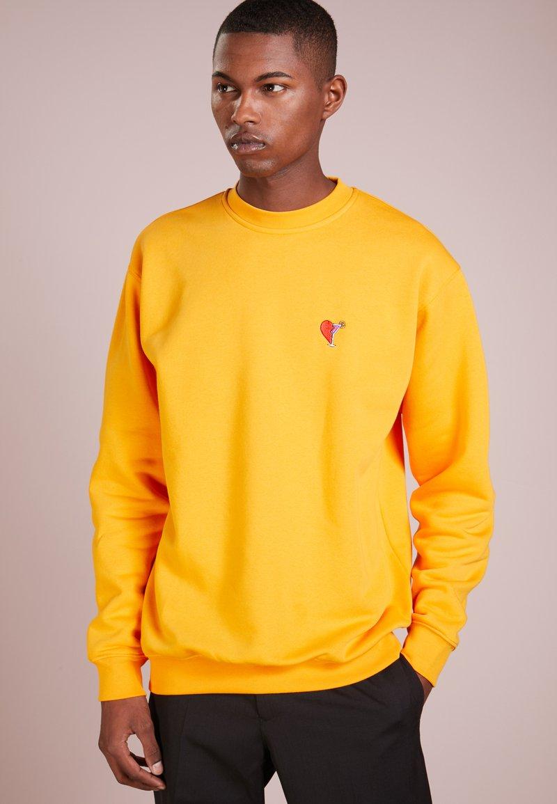 Libertine-Libertine - SOCIETY COCKTAIL O-NECK - Sweatshirt - cadmium yellow