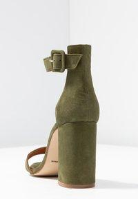 L'INTERVALLE - NELLA - High heeled sandals - khaki - 5