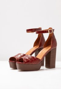 L'INTERVALLE - DISAMA - High heeled sandals - brandy - 4