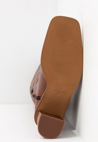 L'INTERVALLE - CARSI - Boots - tan - 6