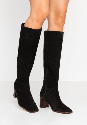 CARSI - Vysoká obuv - black