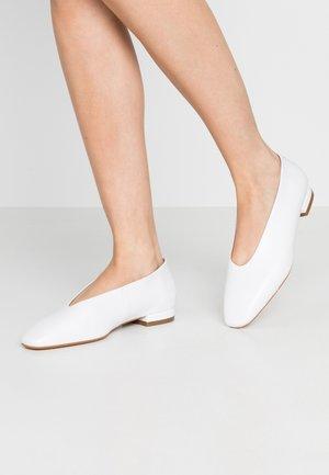 FLEURE - Ballet pumps - star
