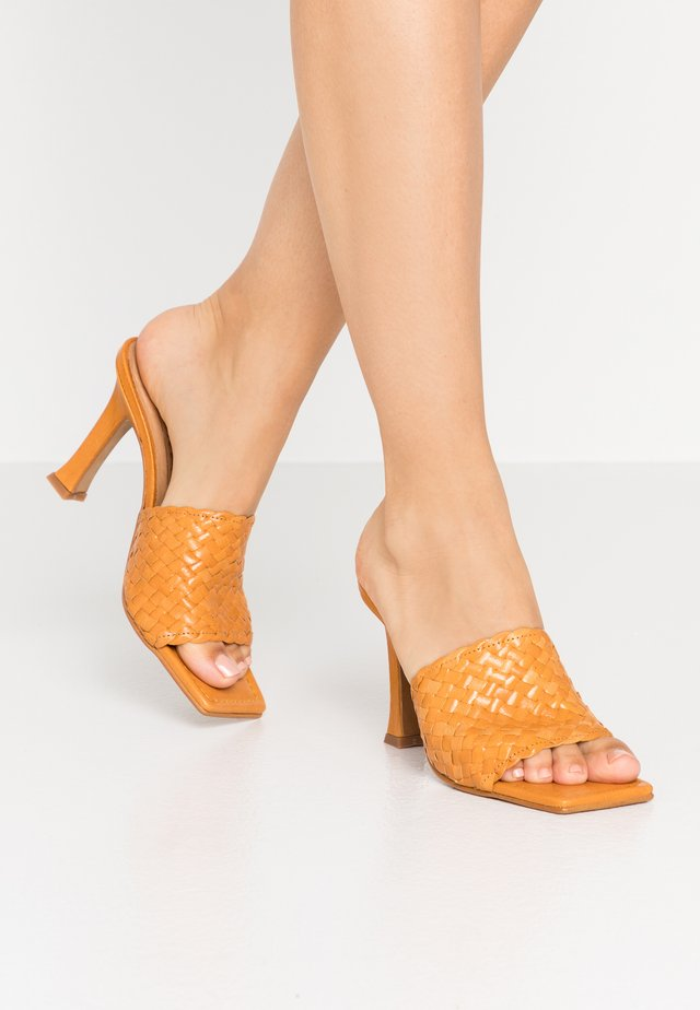 LUCETTE - Heeled mules - mustard yellow