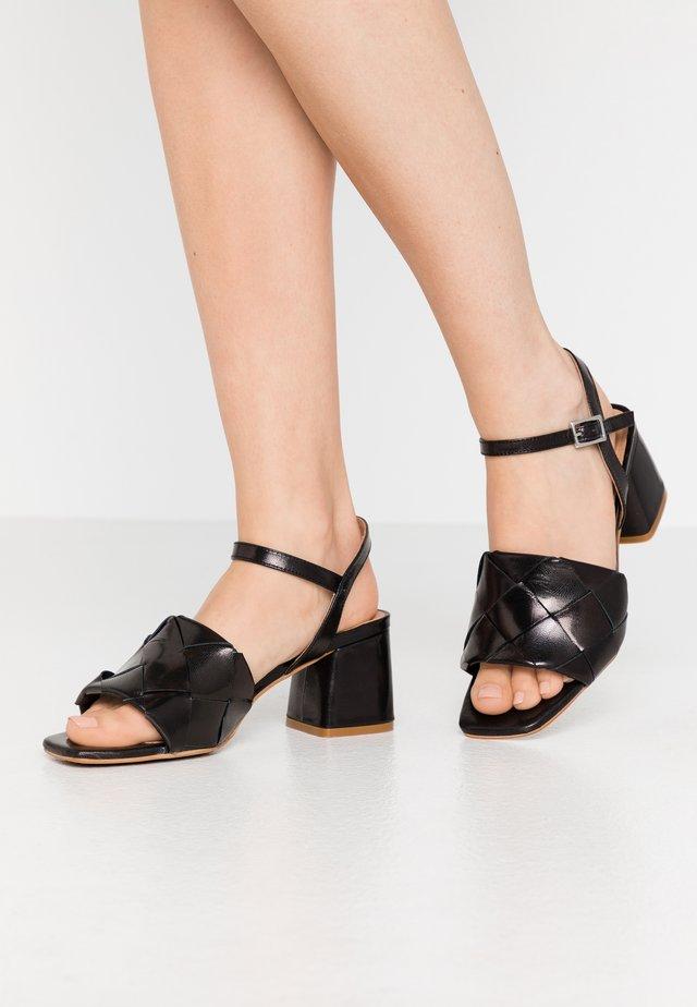 SLOANE - Sandaler - black