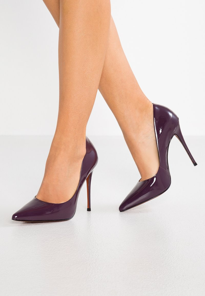 L'INTERVALLE - TEEVA - Decolleté - purple